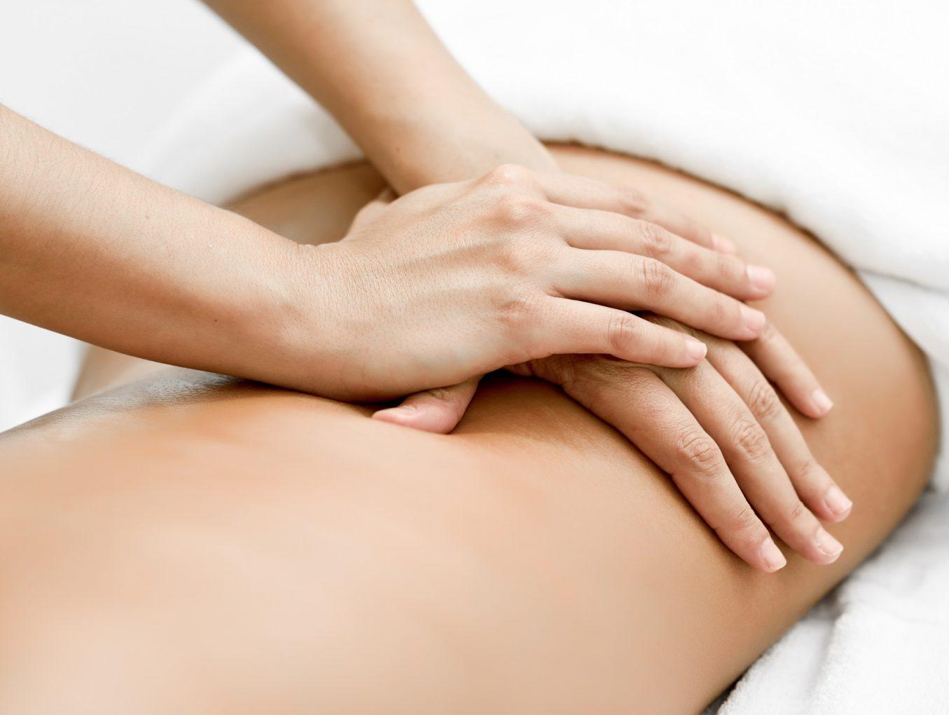 Witkość skóry brzucha, ramion i ud